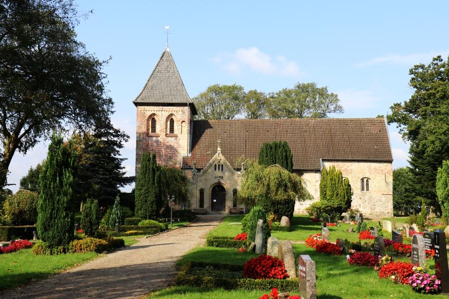 Marienkirche Rabenkirchen - Foto: Holger Petersen (25.09.2017)