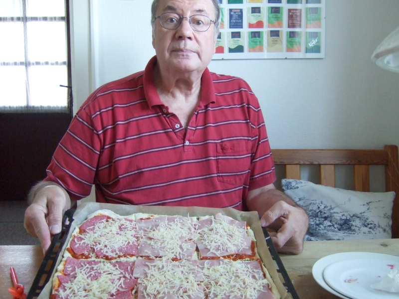 Pizza (Salami & Schinken)