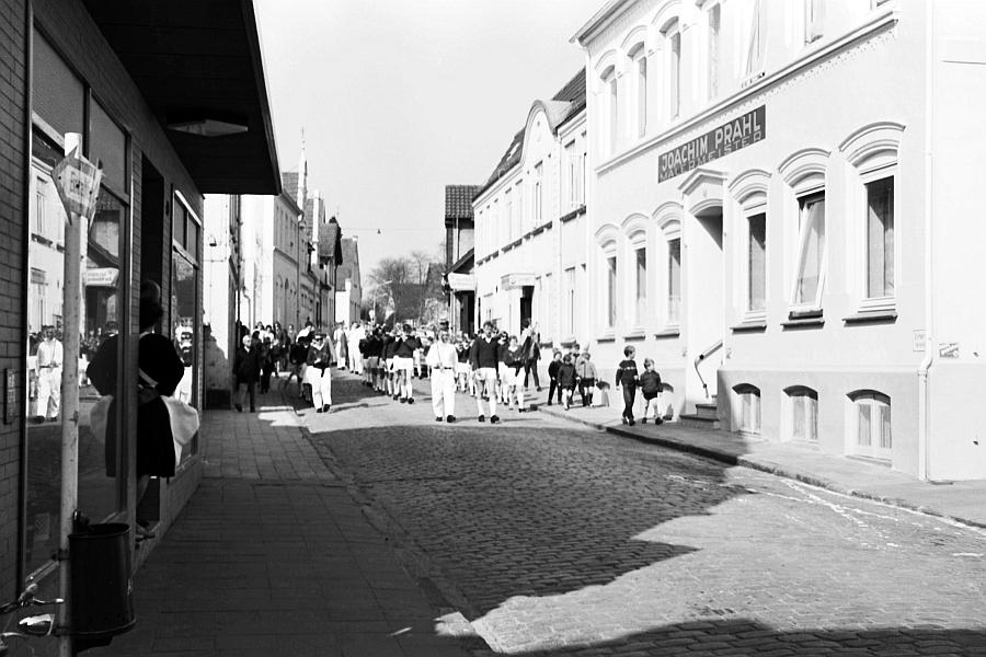 Kappeln - vorne links: Café Matthiesen (1969)