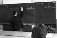Klaus-Harms-Schule - Oberstudienrat Fritz Reinhardt (1967) - Foto: Manfred Rakoschek
