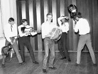The Strings (1966) - Bild 13