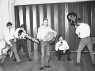 The Strings (1966) - Bild 14