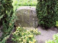 Grab von Georg und Bertha Thomsen in Arnis