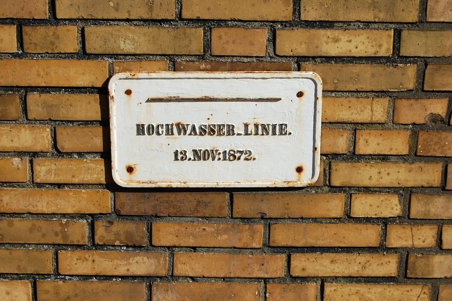 Maasholm - Hochwassermarke 1872 - Foto: Ulli Erichsen (2012)