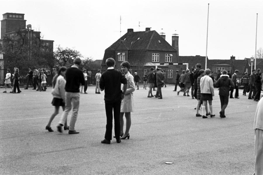 Bilderrätsel Nr. 529 - Foto: Manfred Rakoschek (1969)