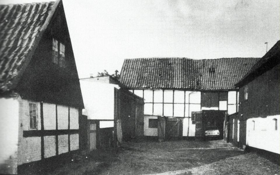 "Hofraum Prinzenstraße 15-17 (1976) - aus: ""Kappeln Sechshundertfünfzig"""