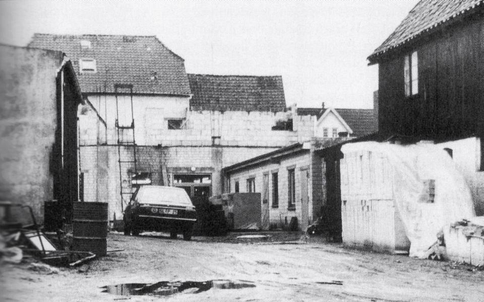 "Hofraum Prinzenstraße 15-17 (Winter 1977/78) - aus: ""Kappeln Sechshundertfünfzig"""