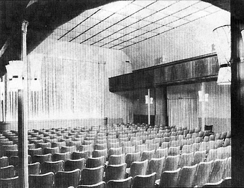 Kappeln - Schauspielhaus - Kinosaal mit festen Stuhlreihen (1952)