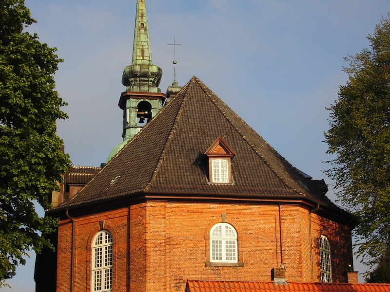 St. Nokolai-Kirche - Ostseite - Foto: Michaela Fiering (19.05.2015)