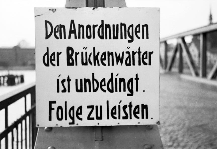 Kappeln - Schild an der Drehbrücke (1967)