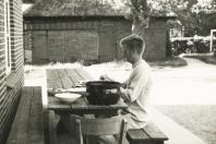 1968 - Bistensee - Abendessen vorbereiten
