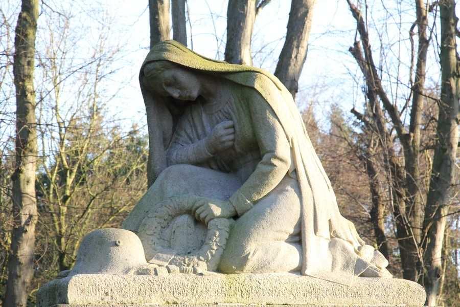 Kappeln - Friedhof | Ehrenmal - Foto: Eckhard Schmidt (2012)