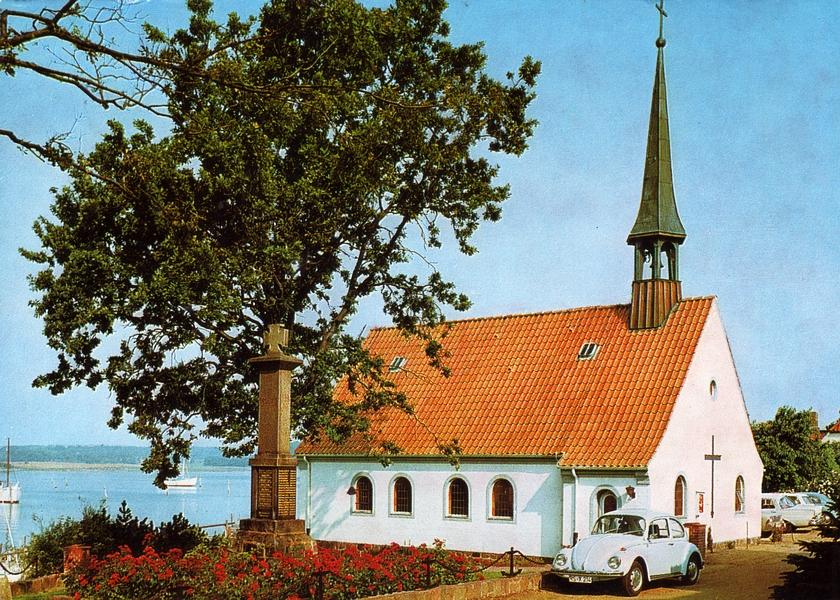 Maasholm - Petri-Kirche mit Ehrenmal (1973)