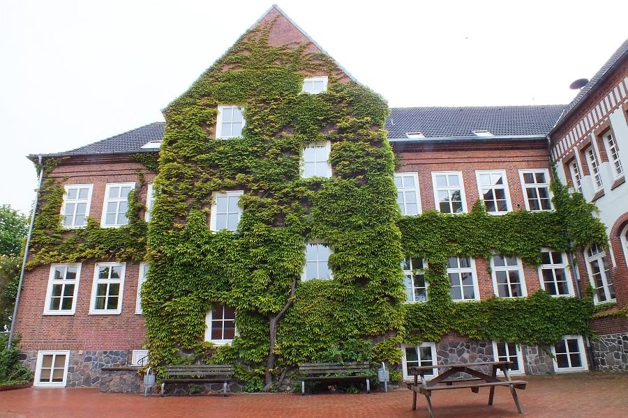 Klaus-Harms-Schule - Foto: Manfred Rakoschek (2012)