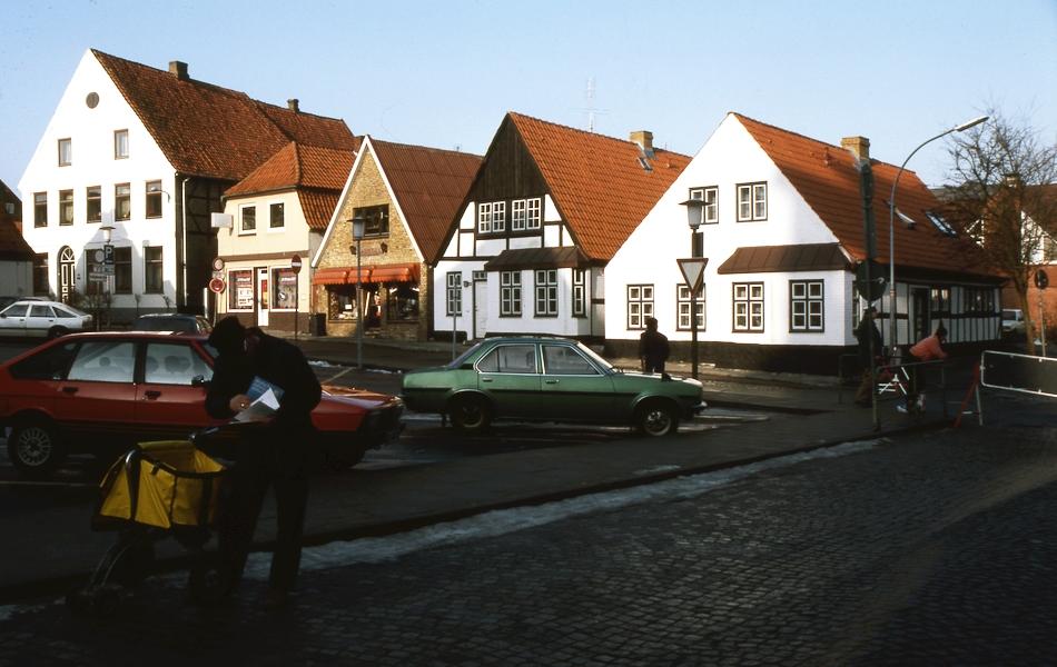 Dehnthof 8-16 - Foto: Fritz Reinhardt (2/1984)