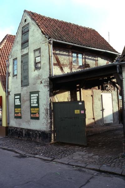 Dehnthof 1 (Nebengebäude) - Foto: Fritz Reinhardt (Winter 1980)