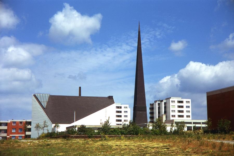 Auferstehungskirche Ellenberg - Foto: Fritz Reinhardt (1974)