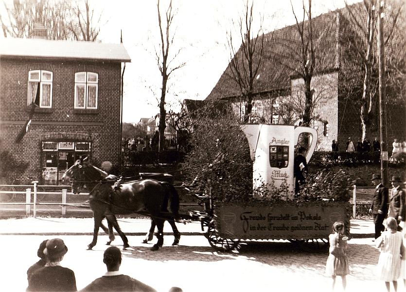 Gelting - Festumzug 30er-Jahre - Gastwirte