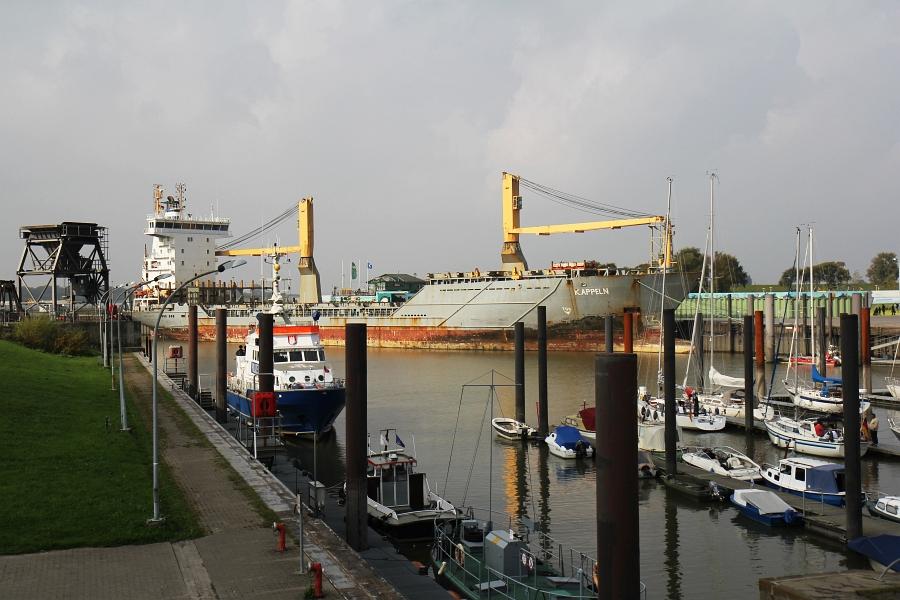 Containerschiff KAPPELN in Glücksburg - Foto: Holger Petersen (2014)