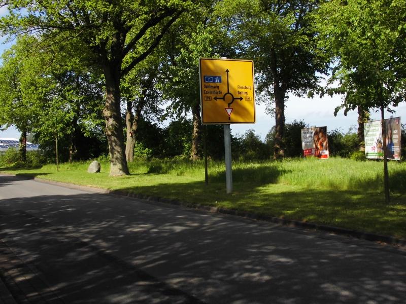 Wassermühlenstraße - Gedenkstein von 1898 - Foto: Michaela Fiering (22.05.2019)