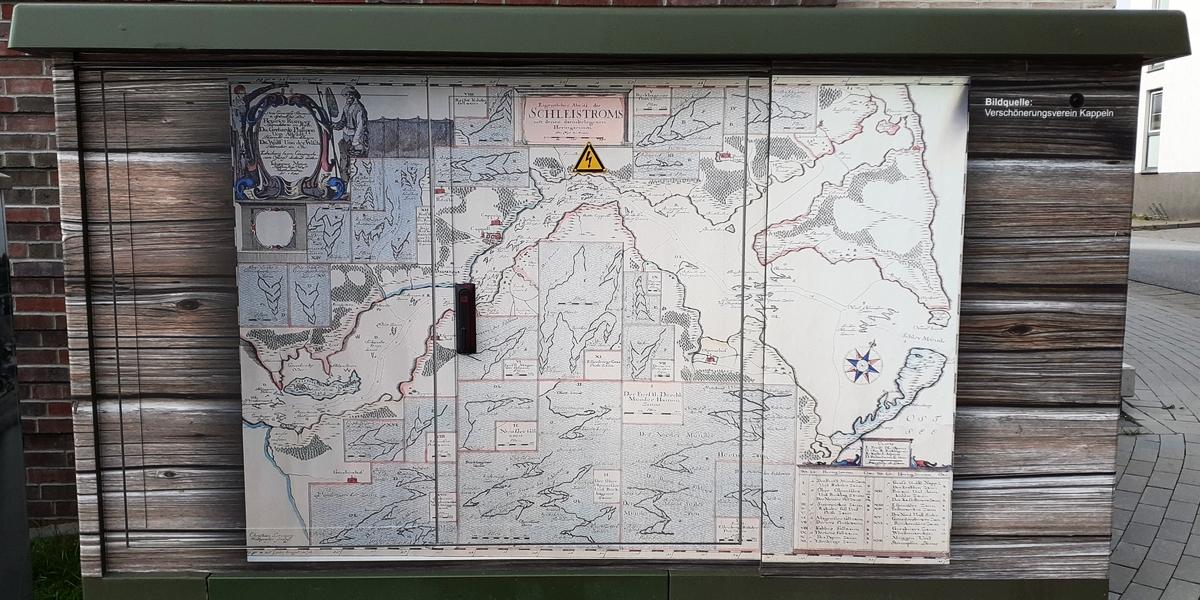Verteilerkästen am Bahnhofsweg - Foto: Michaela Fiering (01.08.2021)