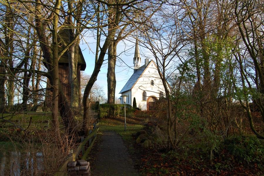 St. Johannes Kirche Toestrup - Foto: Ulli Erichsen (2014)