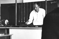 Klaus-Harms-Schule - Studienrat Peter Oesterling (1967) - Foto: Manfred Rakoschek