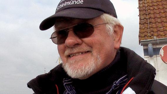 Lotseninsel Schleimünde - Hafenmeister Harald Schacht - © NDR 2011, honorarfrei