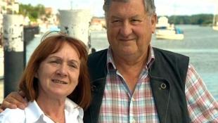 © NDR, honorarfrei - Durch die Landarzt Serie haben Sie sich kennen und lieben gelernt. Anne und Hans-Peter Wengel aus Kappeln.