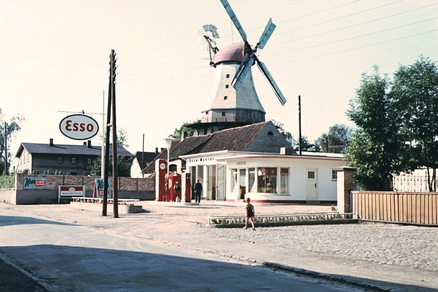 Kappeln - Tankstelle Erich Meese - Foto: Walter Stöckel (ca. 1960)